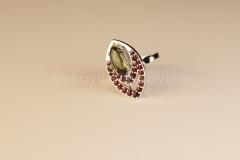 Granátový prsten s Vltavínem