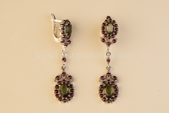 Garnet Earrings Royal