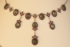 Granátový náhrdelník Bohemia