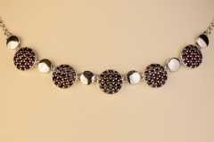 Garnet Necklace Round