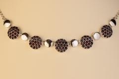 Granátový náhrdelník Kruhy