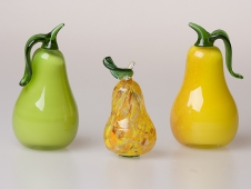 Yellow-Red Pear