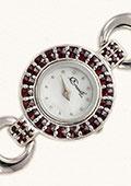 Granátové náramkové hodinky